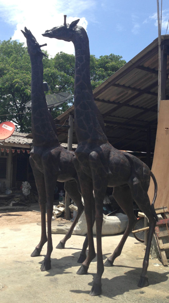 Bronze Giraffe Statue - DD A-271
